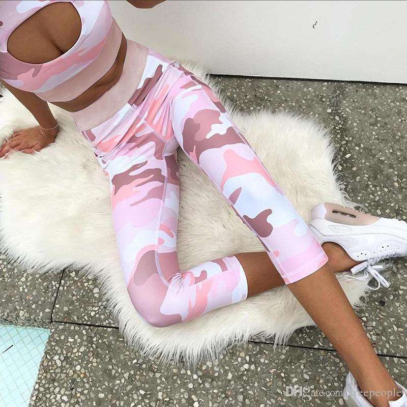 Compre Conjunto Sexy De Yoga Para Mujer Conjunto De Pantalones De Sujetador  Deportivo De Bolsillo Con Bolsillo Lateral De Impresión De Camuflaje Rosa  ... 535cfd4ad0d5