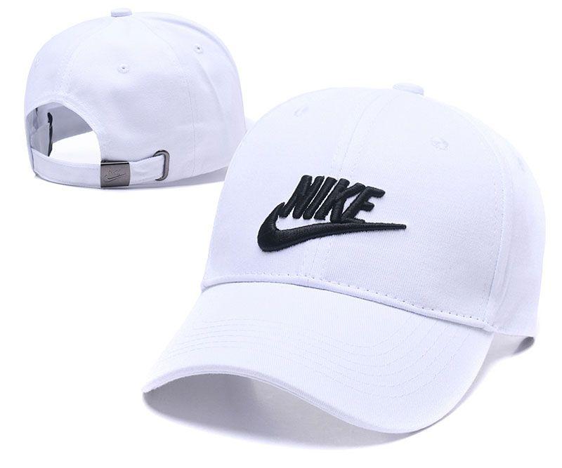 Snapback Caps Baseball Hat For Men Women Designer Hats Hip Hop Causal Mens  Womens Basketball Cap Adjustable Casquette Gorras Bone Custom Caps Cool Caps  From ... b68c21d03