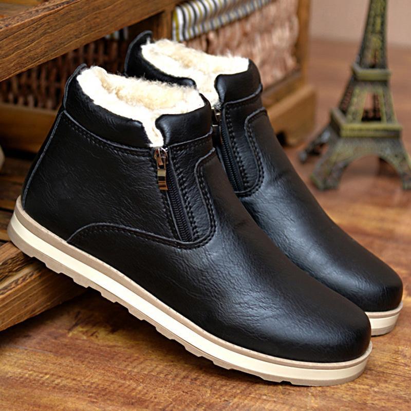 11ec852f7 Compre LAKESHI Mais Barato Botas De Inverno Homens Moda Rebanho De Pele  Sapatos De Inverno Homens Sapatos De Couro Ankle Boots Casual Quente De  Lugudream, ...
