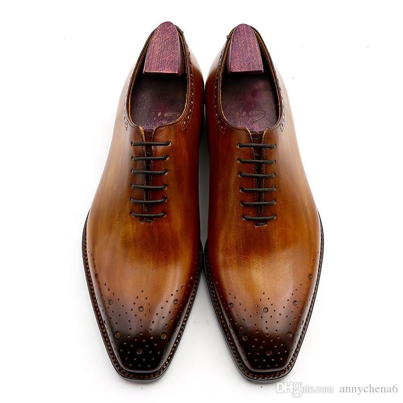 69531368bd Compre Zapato De Vestir De Los Hombres Zapato Oxford Calzado Hecho A Mano  Personalizado Color Marrón Punta Cuadrada Genuino Cuero De Becerro Venta  Caliente ...