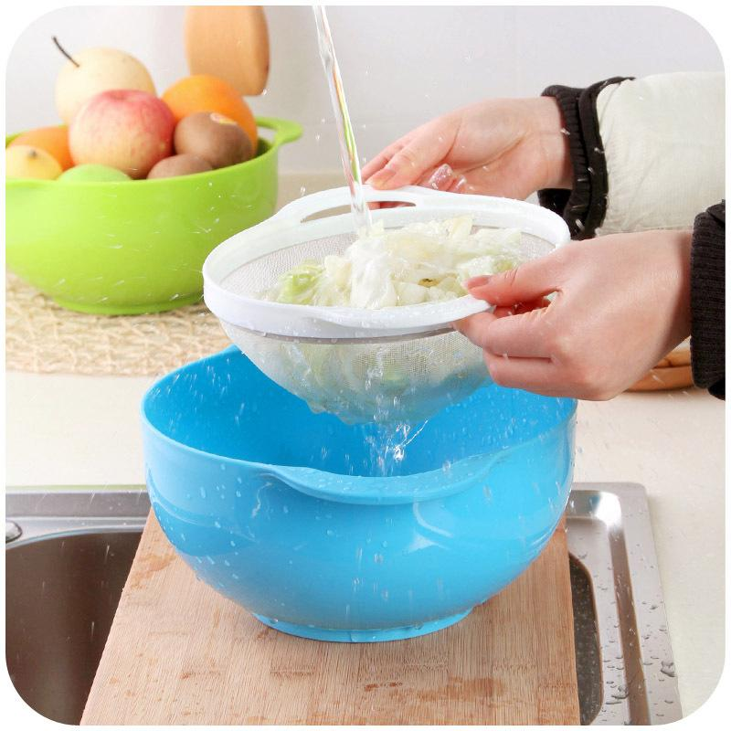 Wholesale-Kitchen and more with a fine mesh wash rice, a drain basket two sets, plastic vegetables basket flour sieve K4528