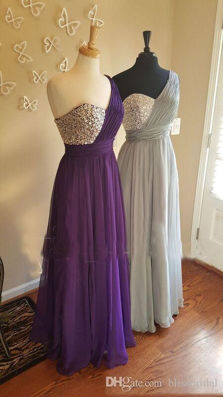 Robes de demoiselle d'honneur une épaule gris argent cristal perlé plissé longueur de plancher en mousseline de soie Flowy violet robes de demoiselle d'honneur demoiselle d'honneur