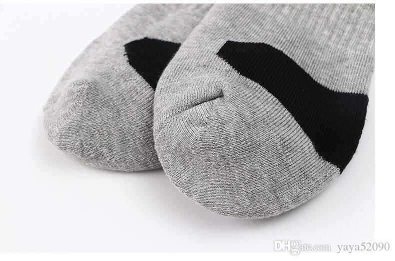 EUA Designer profissional Basquete Meias Longas Joelho Meias Esportivas Homens Moda Compressão Térmica Meias de Inverno por atacado