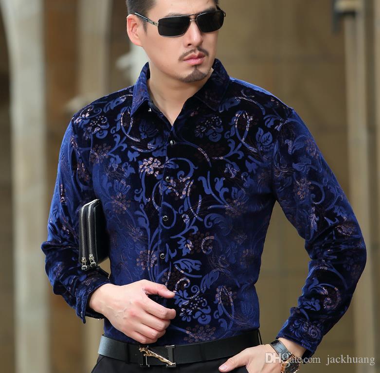 Compre Marca De Lujo Para Hombre Camisas De Vestir De Terciopelo Patrón  Formal Negro Azul De Seda Camisa Casual De Negocios Envío De La Gota A   28.43 Del ... b9513150ddb