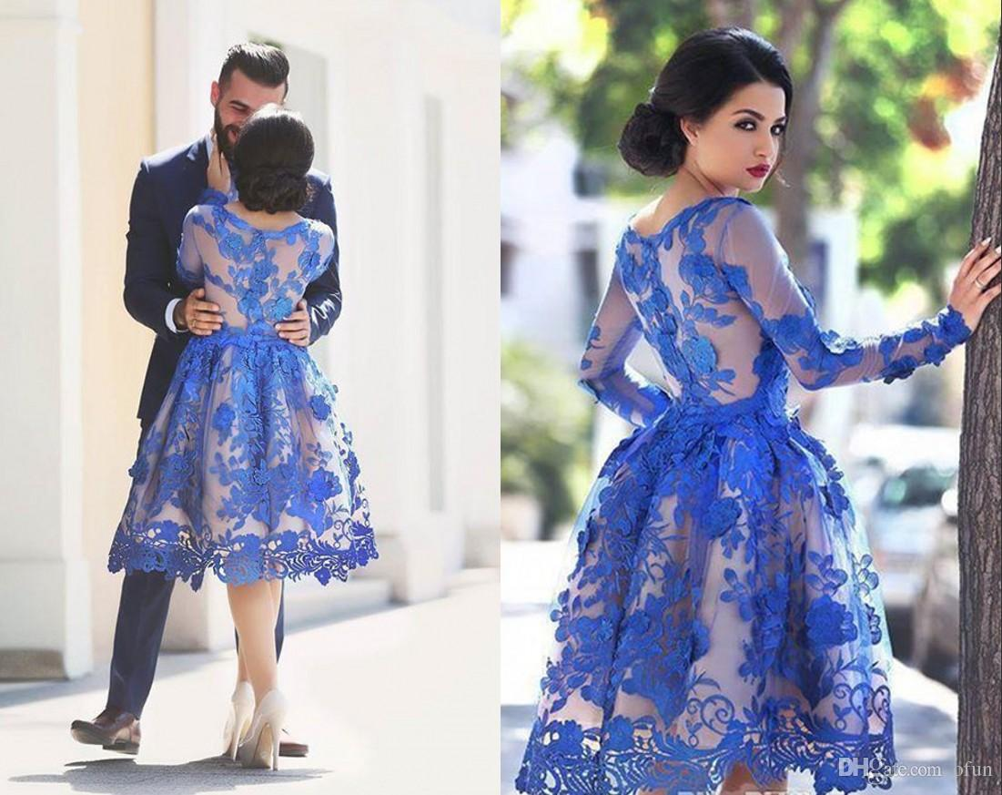 2019 Rendas extravagante Vestidos Homecoming curtos Apliques Capped longo-Sleeve Puffy Evening vestido de baile Joelho Comprimento Cocktail Dresses