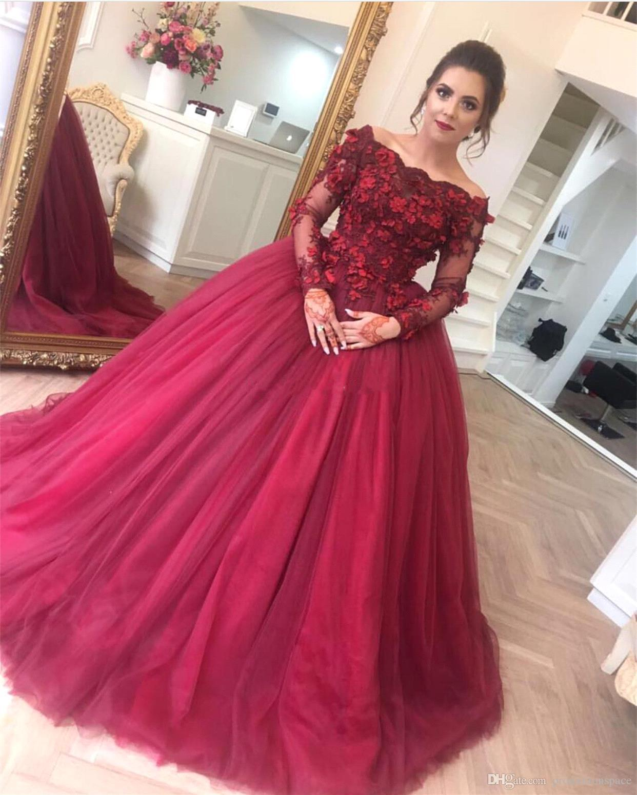 2018 Dark Red Ball Gown Prom Dresses Off