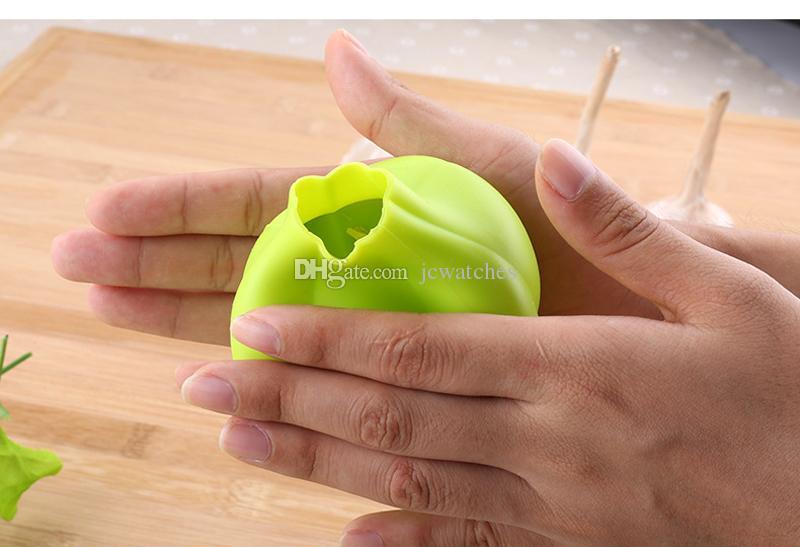 Silicone Garlic Shaped Garlic Peeler Practical Kitchen Gadgets Garlic Zester Peeling Tool Kitchen Accessories
