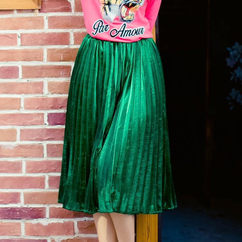 ff85b27a9 Compre Preço Barato De ALTA QUALIDADE Elegante Moda Feminina Plissada Saia  Verde De Cintura Alta Todos Os Jogos Plus Size XXXL Saias Midi Saia  Feminino De ...