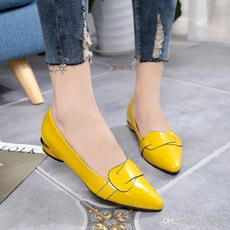 2018 Classic Loafers Womens 3Color Solid Color Party Shoes Pointed Toe Patent Leather Dress Shoes Hot Sell Flat OL Shoes