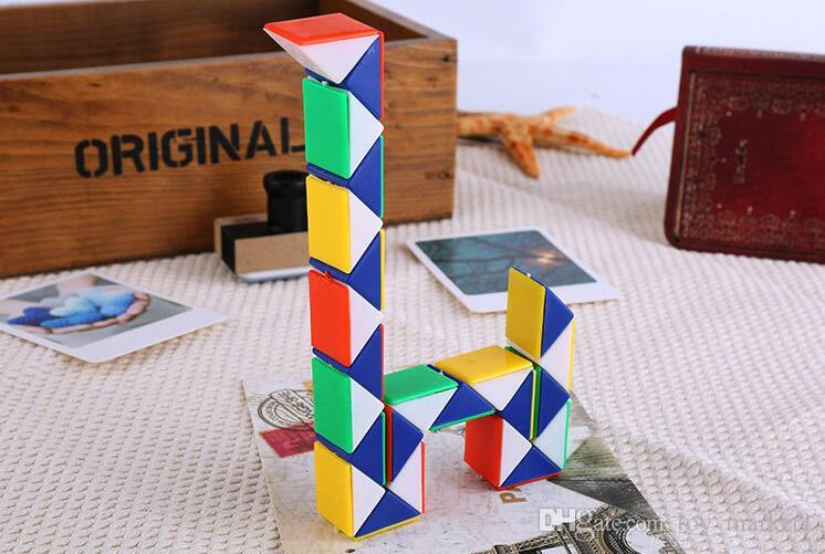 32cm Mini Magic Cube New Hot Snake Shape Toy Game 3D Cube Puzzle Twist Puzzle Toy Gift Random Intelligence Toys Supertop Gifts WX-T17
