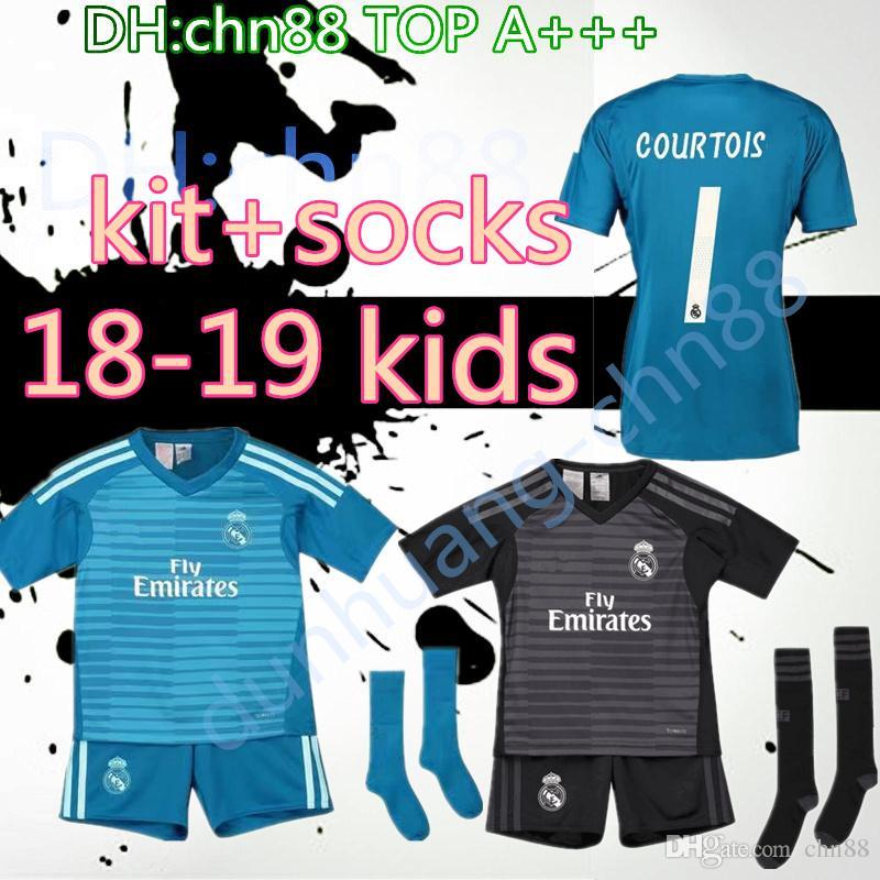 18 19 Real Madrid Goalkeeper Kids Kit+sock Soccer Jersey 2019 Real ... 9b1745cb4