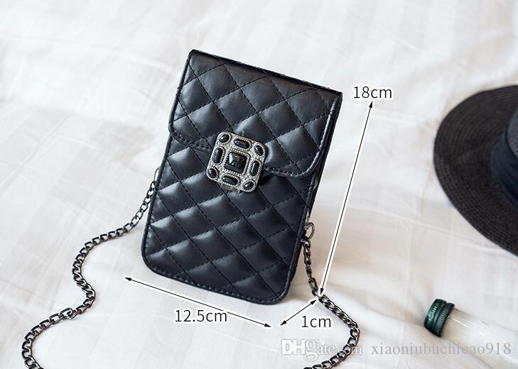 2018 new classic three-dimensional flower mobile phone bag ladies shoulder diagonal bag mini lock buckle trend wild purse