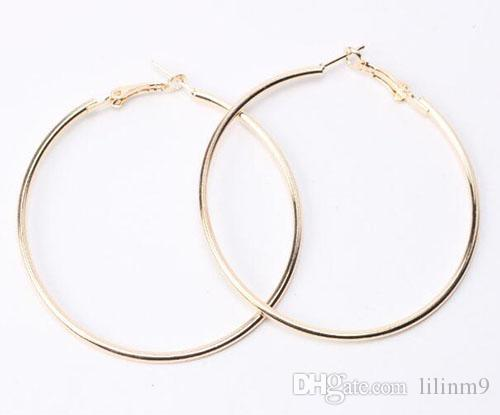 c8c119528d4 2019 Sexy Cheap Stud Earings Jewelry Accessories Simple Smooth Circle HOOP  Earrings Golden Silver Plated Earrings Gifts For Girls From Lilinm9