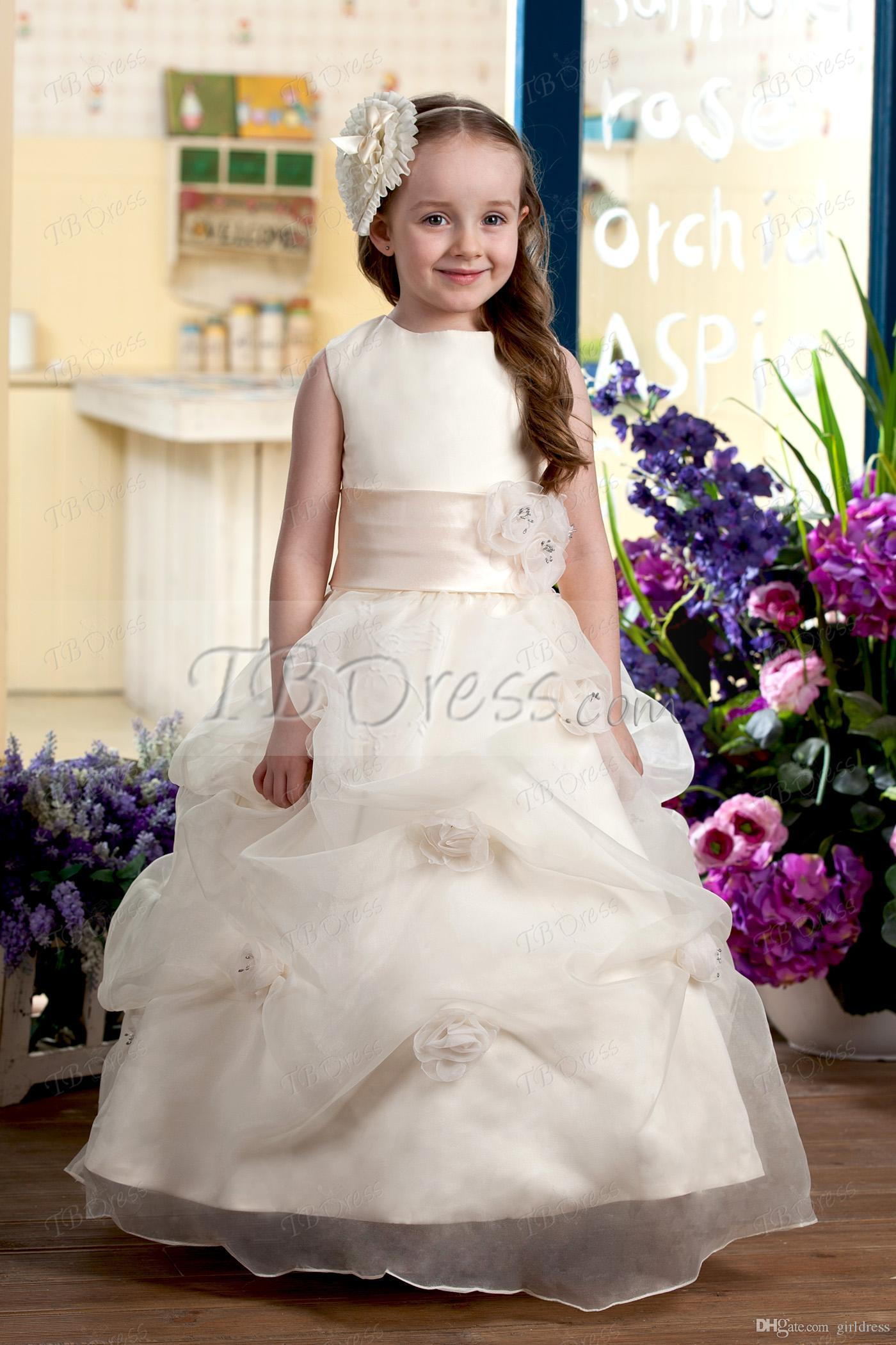 Pretty Flower Girl Dresses With Bateau Ball Gown Tiered Flowers