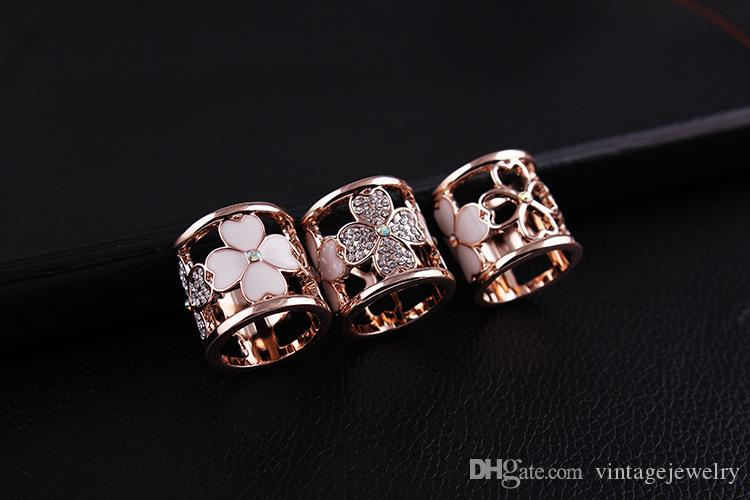 Crystal Clover Scarf Buckle Scarf Shawl Button Used by women YP3336