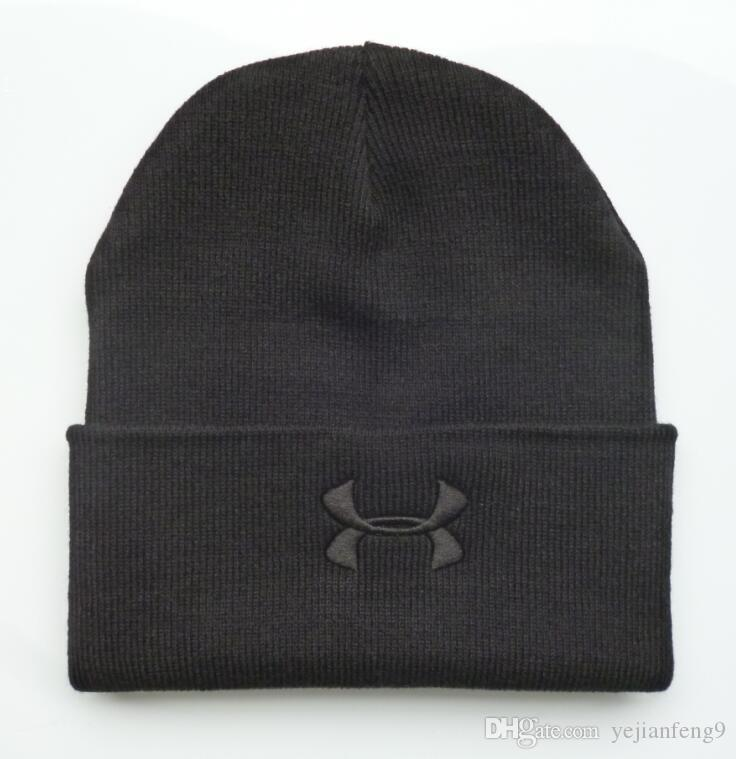 f82420056f4 2018 Couples Hat Hot Sale Caps Fashion Winter Spring Sports Beanies ...