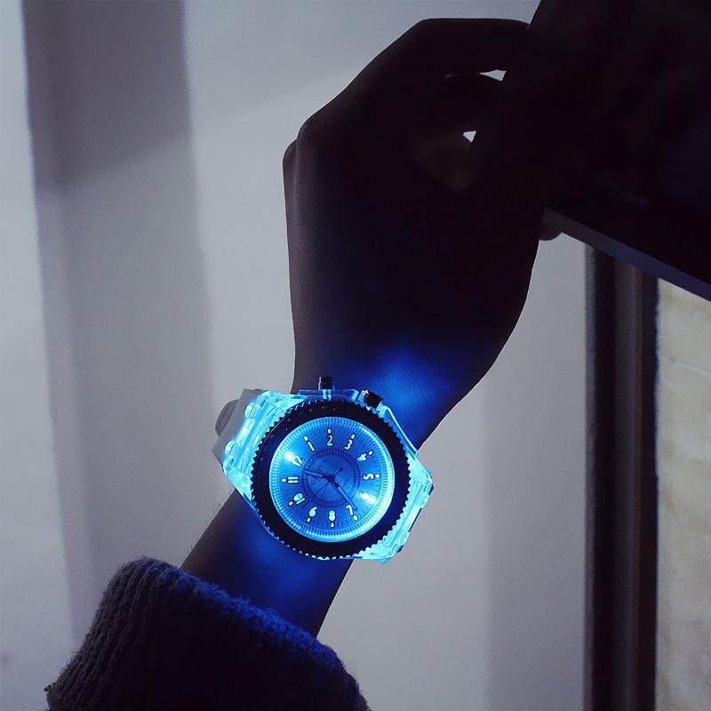 Leuchtende Diamantuhr USA Modetrend Männer Frau Uhren Liebhaber Farbe LED Gelee Silikon Genf Transparent Student Armbanduhr Paar Geschenk