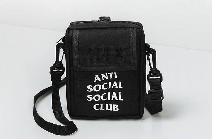 5d461f9fe8a3 Vogue Shoulder Bag Nmd Famous Designers Handbags Love Pink Handbags ...