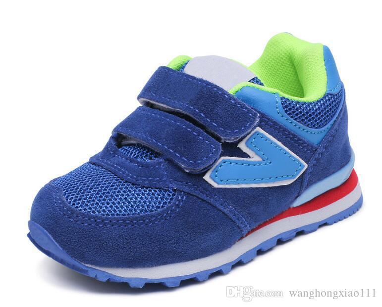 f6fc6cb7327 Compre Zapatos Deportivos Para Niños 2019 Primavera Nueva Moda Niños  Zapatillas Al Por Mayor Hombres Coreanos Mujeres Malla Transpirable  Amortiguador ...