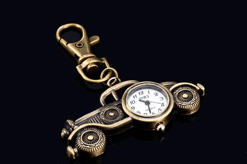 Bronce Antiguo Cuarzo Cuarzo Bolsillo Llavero Anillo Reloj Colgante Llavero Anillo DBS Llavero Analógico Classic Automotriz Automóvil Forma Colgante