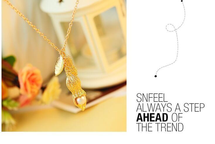 / vendita calda donne belle d'oro colore arachidi squisita collana lunga ciondolo ornamenti di moda perla pisello baccello maglione catena