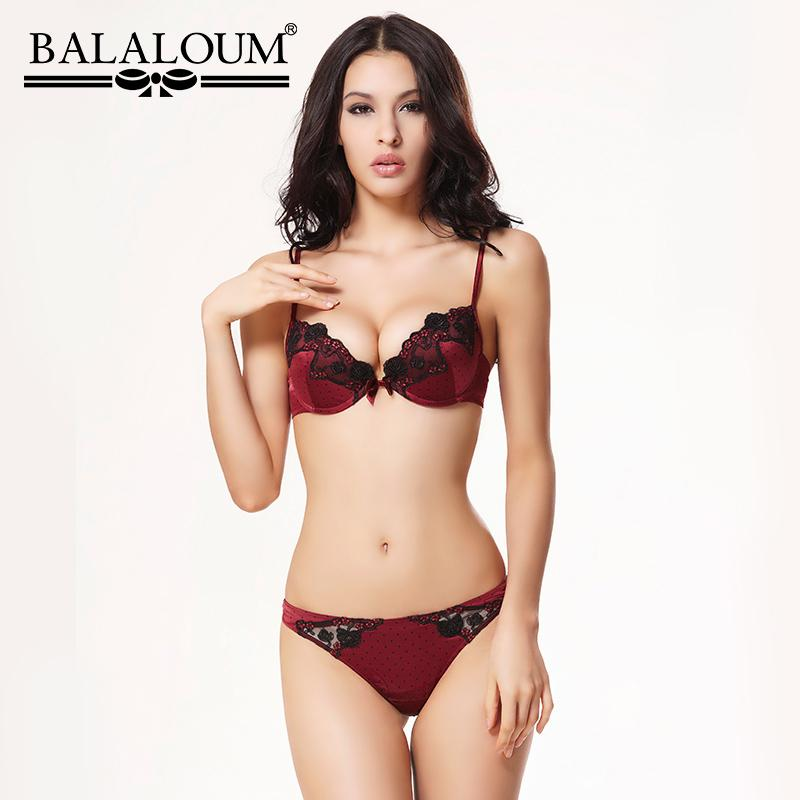 17a1283f41 2019 Wholesale Sexy Women Floral Lace Vintage Polka Dot Bra Panty Sets  Brassiere Push Up Underwear Lingerie Set Seamless T Back Thongs From  Chenhanyang