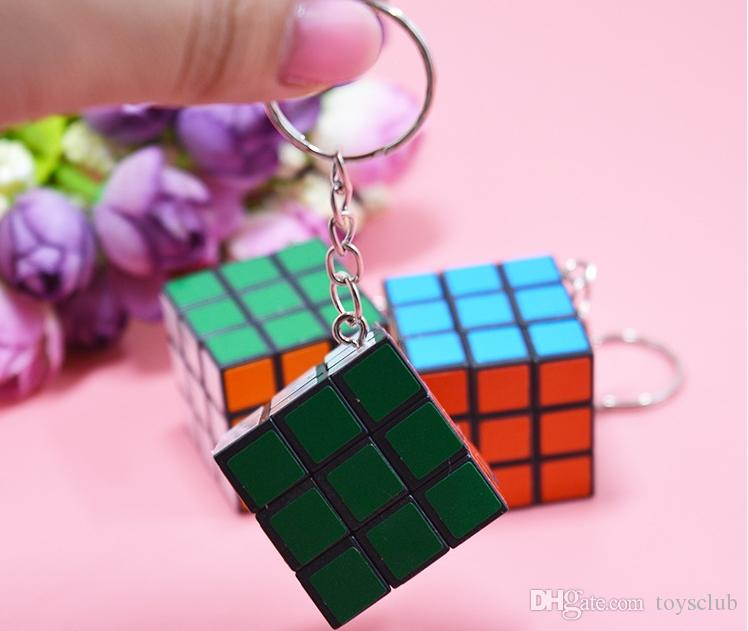 2018 Hot Sale Fashion Cool Mini Toy Key Ring Magic Cube Game Puzzle Key Chain Carrying 3cm