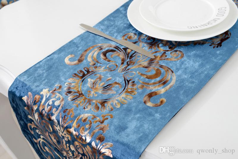 Luxury Modern Minimalist Table Runner Tablecloth Embroidered Table Runners Table Flag Dinner Mats Home Textile Wedding Decoration