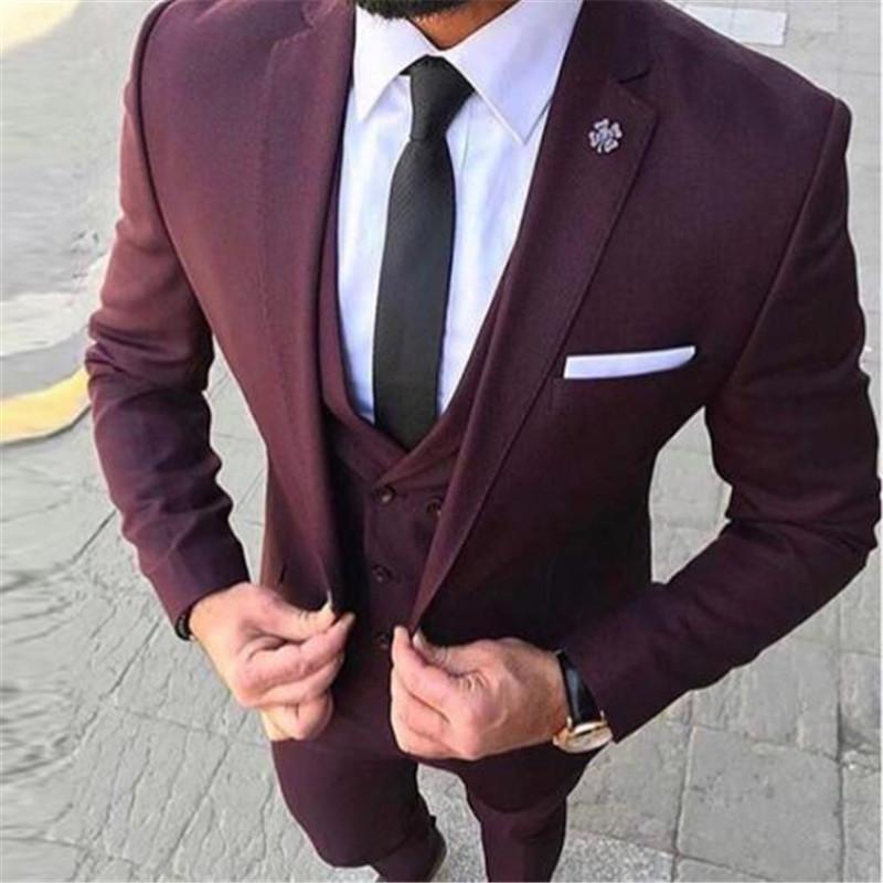 Acquista Abito Sciallato Rosso Scuro Vestito Uomo Formale Risvolto 3 Pezzi  Giacca + Pantaloni + Gilet + Cravatta Ultimi Disegni Cappotto Pantalone  Blazer Da ... f7ed832e7ab4