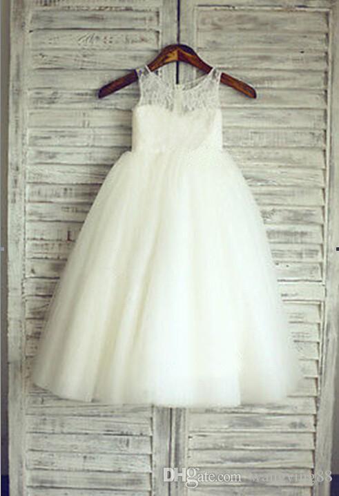 2017 nuevos vestidos de niña de las flores blanco / marfil vestido de comunión desfile de partido real Niñas niños / niños vestido de boda