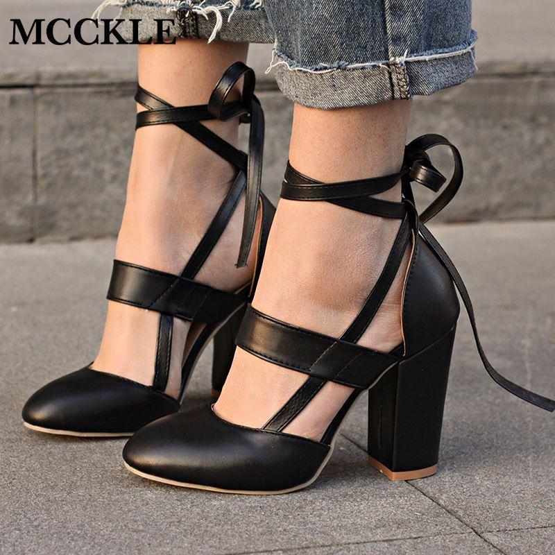 Compre Moda Femenina Correa Del Tobillo De Dos Piezas Negro Tacón Grueso  Tacones Altos 2018 Mujeres Cómodas Bombas Para Mujer Tallas Grandes Zapatos  A ... 247577cdb2c1