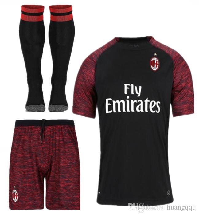 Compre AC Milan 2018 19 Segunda Temporada Fora De Distância ACM C.ZAPATA  CALABRIA BONAVENTURA SUSO KALINIC BORINI ROMAGNOLI CALHANOGLU MONTOLIVO De  Huangqqq ... c05a8864a4802