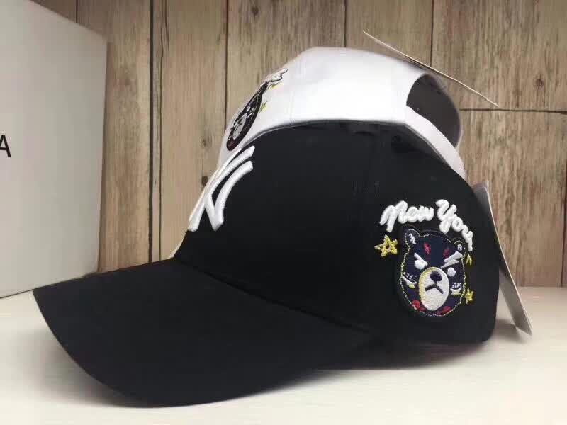 78a907e0ea0 2018 Summer New Men S Women S Fashion NY MLB Hat TOP QUALITY Boys Ring  Adjustable Baseball Cap Black White Custom Hat Caps For Men From Yayute004
