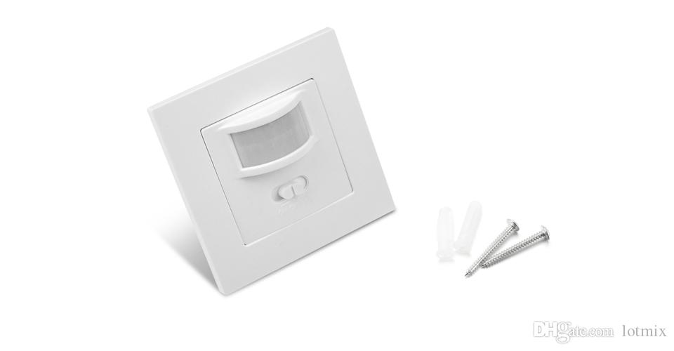 Wall mounted PIR Motion Sensor light Switch ON / OFF Power Electrical Socket Adapter 100V-240V AC MAX 500w load + 10m max