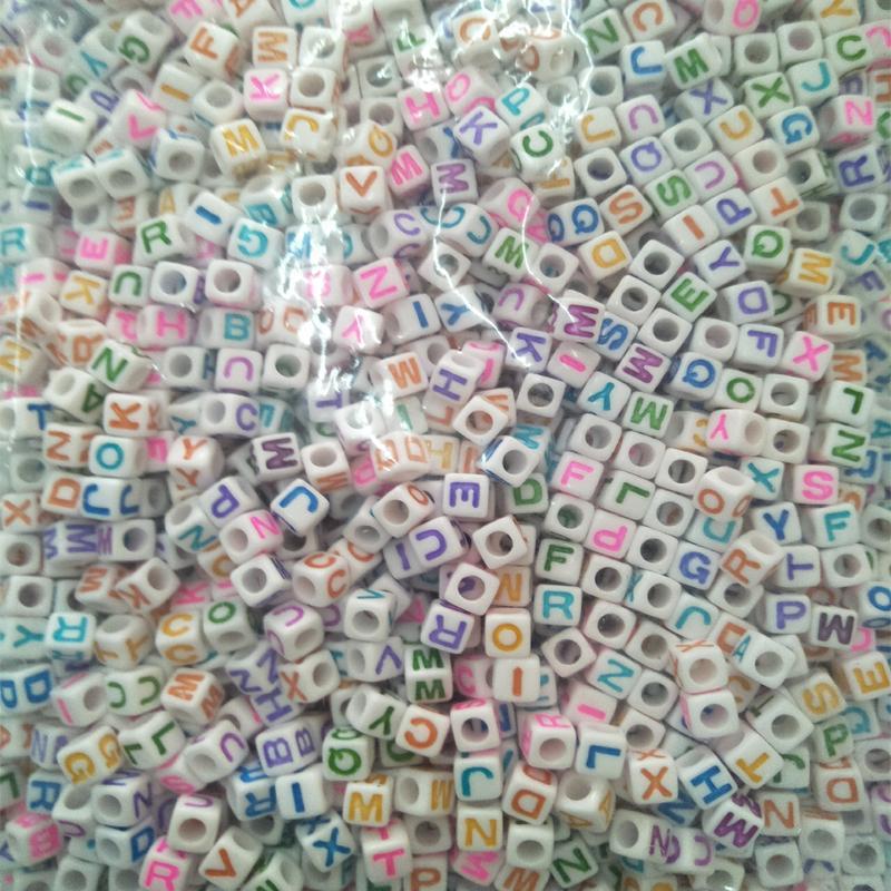 / 6 8 10mm Blanc Différent Alphabet Perles Acrylique Coloré Lettres Perles Pour Enfants Éducation DIY Bijoux Bracelet