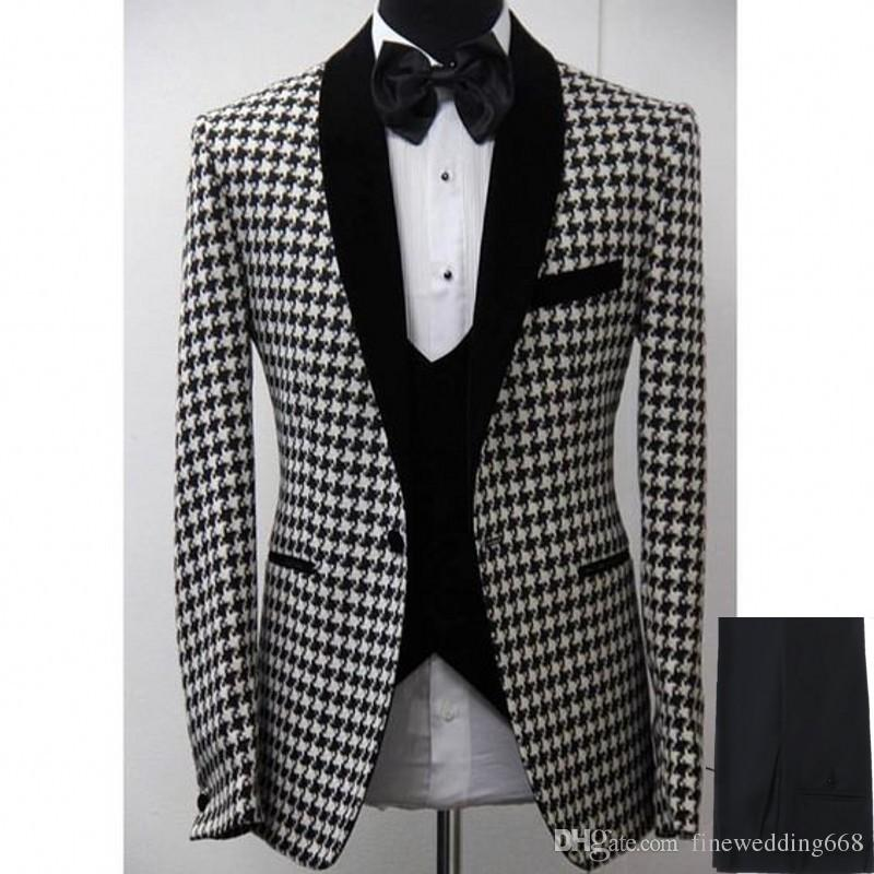 e6a0a0953e7 Newest Cool Groomsmen Shawl Lapel Embossing One Button Groom Tuxedos Men  Suits Wedding Prom Dinner Best Man Blazer(Jacket+Pants+Tie+Vest)