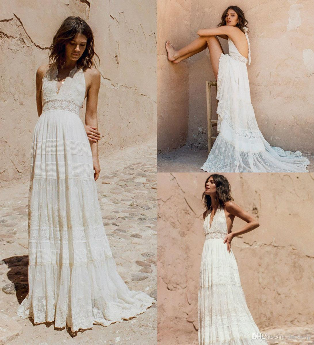 2019 Bohemian Wedding Dresses Halter Deep V Neck Luxury Embroidery Sweep Train Backless Bridal Gowns Custom Made Beach Boho Wedding Dress