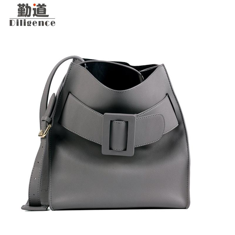 7a7cf1c18154 Genuine Cowhide Leather Bucket Bags Fashion Famous Luxury Brands Designer  Style Handbags 2018 New Shoulder Bag Shoulder Bags For Women Handbag Sale  From ...