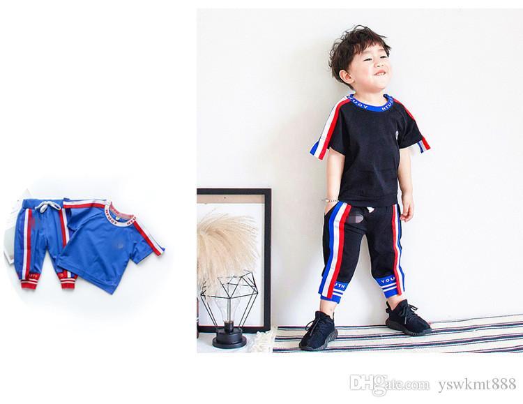Sıcak Satış Yaz Yeni Pamuk Kısa Kollu Kore Üç Renk Spor Takım Elbise Çocuk giyim Iki Adet