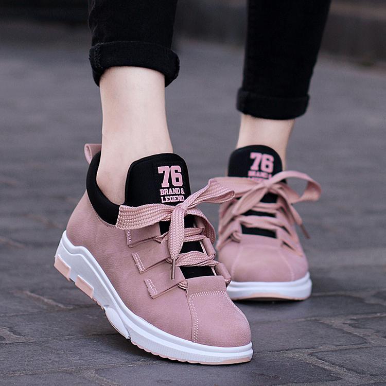 on sale 58452 3edb8 Compre Zapatos Corrientes Lindos Para Las Mujeres Zapatillas De Deporte De  Encaje Al Aire Libre Trail Athletic Mujer PU GYM Zapatos Planos Mujer  Zapatillas ...
