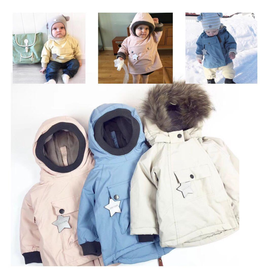 2018 INS HOT KIDS EUROPEN STYLES ANTI WIND WATER PROOF KIDS JAKCTS COAT BOYS CLOTHIG GIRLS CLOTHING STAR CHRISTAMS