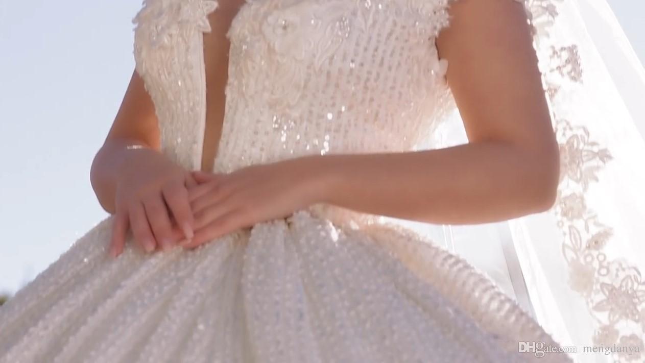 2019 С Плеча Кружева Аппликации Бальное Платье Свадебные Платья Блестками Свадебные Платья Часовня Поезд Формальный Церковь Арабский Дубай Роскошный E25