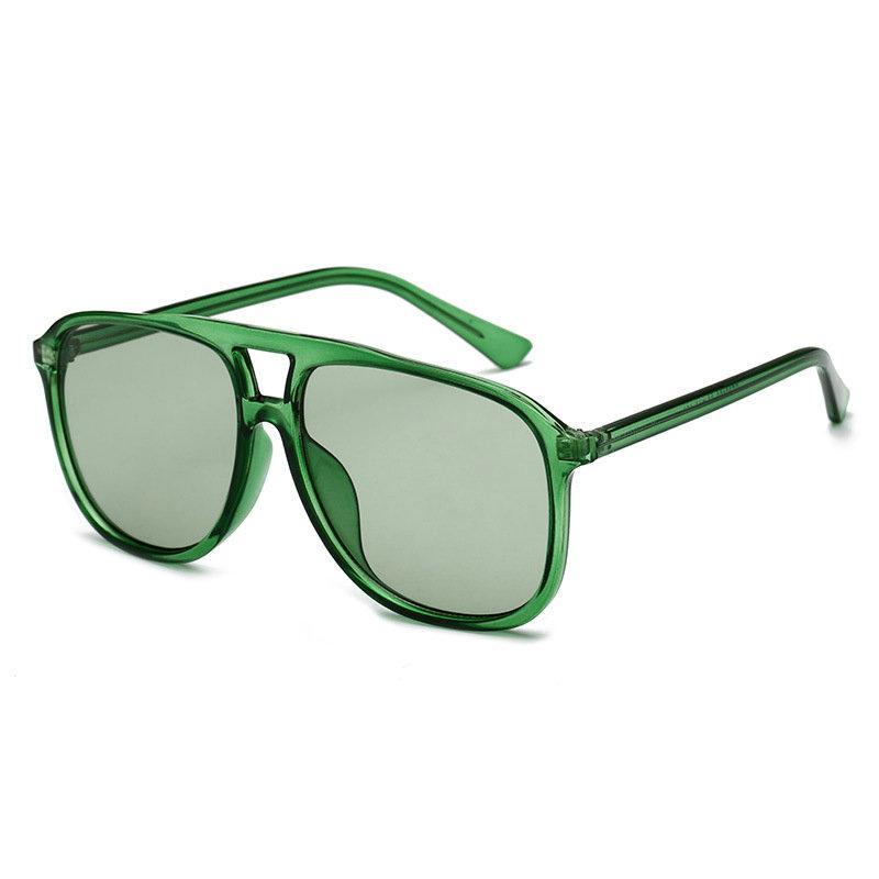 Compre Oversized Of The Ocean Quadrado Transparente Rivet Sunglasses Anti  UV Retro Tendência De Homens E Mulheres Geléia Cor Óculos NX De Sisan08, ... e54d3d18fe