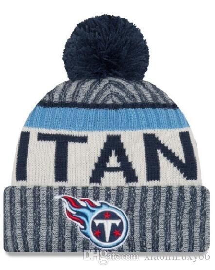 NEW Striped Sideline Design Titans Sport Cuffed Knit Hat Wool Bonnet ... 5d5ec69c86b