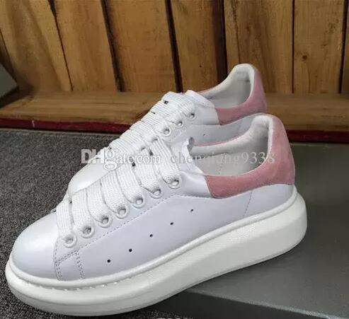 6da4c4b50b4c2 Black and white casual shoe laces Comfortable and beautiful girls and girls  sneakers Casual leather shoes Men s and women s sneakers are ve