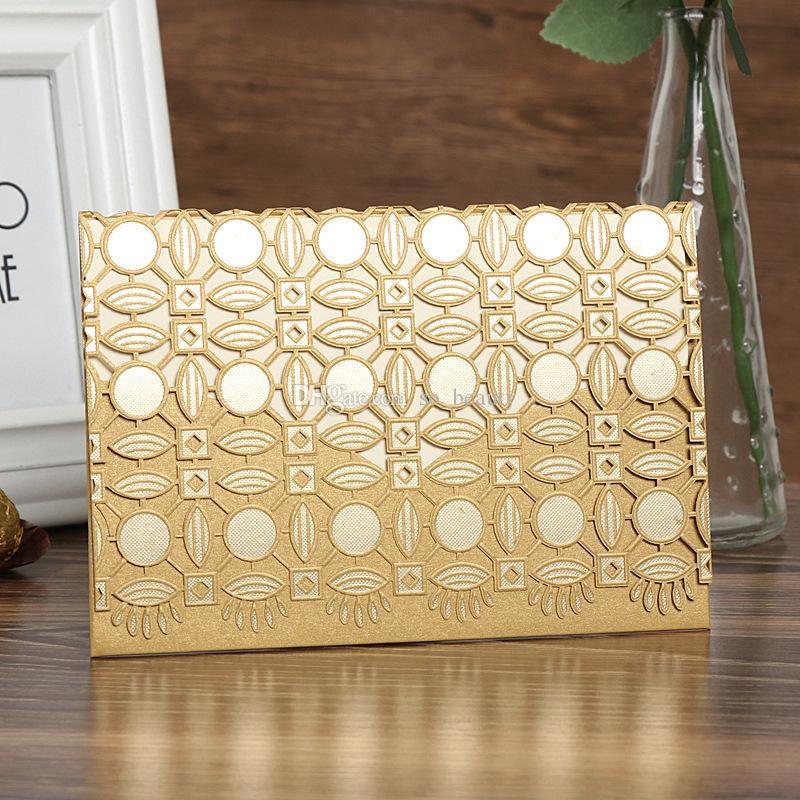 레이저 컷 결혼식 초대장 봉투와 봉투 중공 클래식 결혼식 날 저녁 초대 카드 빨간색 / 금 / 화이트 38873
