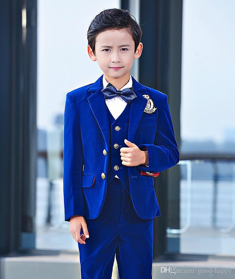 Acheter Nouvelle Mode Royal Bleu Velours Garçon Tenue De Soirée Beau Garçon  Enfant Tenue De Mariage Blazer D anniversaire Partie Prom Costume Veste +  ... e8ff8abea27