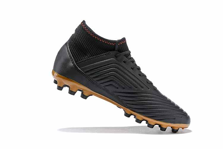 dcf39a4a507b New Predator 18+ Mens FG Football Boots 2018 Techfit Laceless High Ankle  Soccer Cleats Cheap Soccer Outdoor Huarache Boots Superfly 6 Tango 18 Cr7  Neymar ...