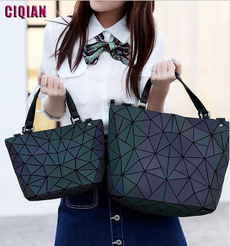 Drop Shipping HOT Luminous Bag Women Geometric Laser Tote Quilted ... c5c002a1dfb49