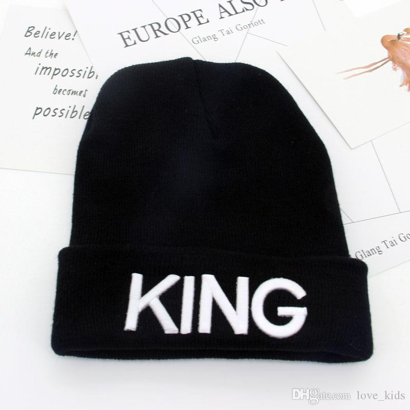 REINA REY palabra bordado de acrílico de punto gorras carta parejas sombreros adultos para hombre para mujer cabeza calentador hombre mujer gorro de nieve